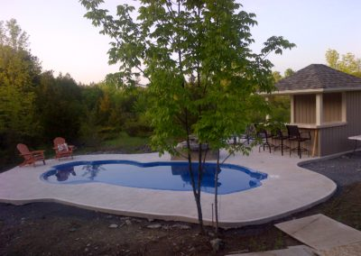 with-pool-house